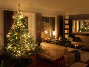 Julestjerne til juletræ med lys