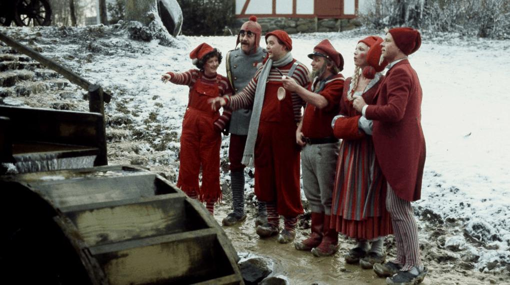 Nissebanden leder efter Julemandens gode humør
